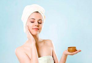 11 conseils de soins de la peau qui éliminent l'acné